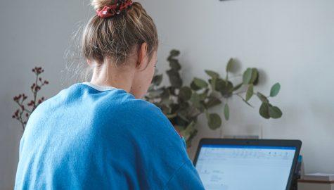 Wanneer je living je kantoor wordt: 5 tips voor een gezonde werk-privébalans bij thuiswerk